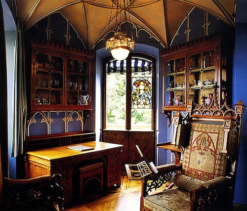 3-Gothic-Office